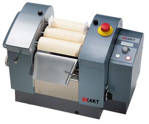 EXAKT 80 S, three roll mill